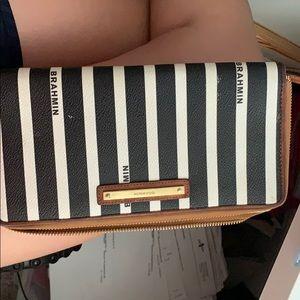 Brahmin wallet/wristlet